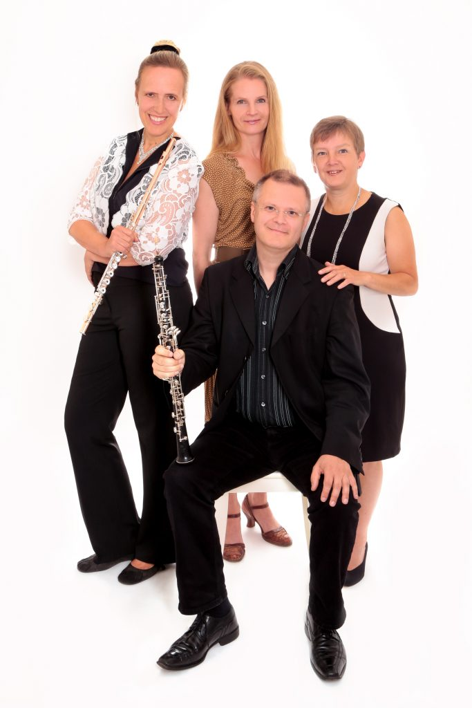 Annette Hermeling (fl), Katja Geist (Schauspielerin), Nicolas Wallach (ob), Bettina Pfeiffer (p)